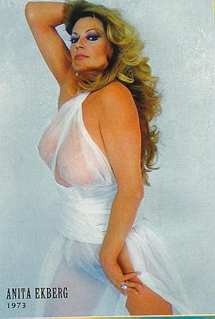 Anita Ekberg  nackt