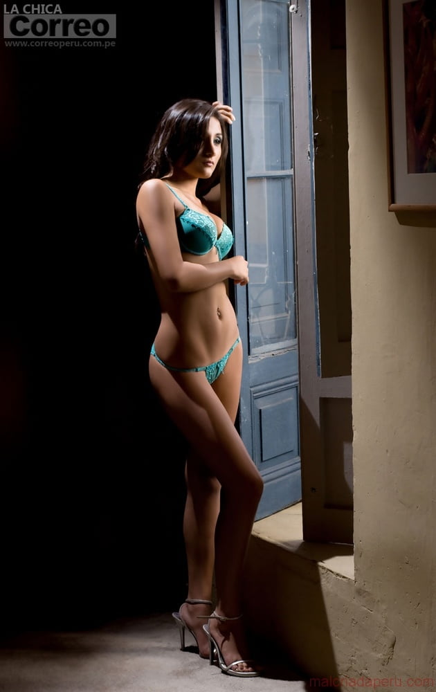 Alejandra Alarcon - 10 Pics