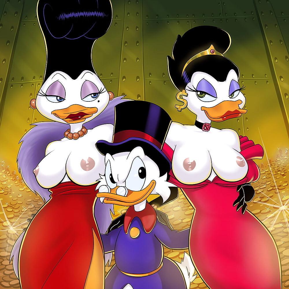 Free daisy duck cartoon porn