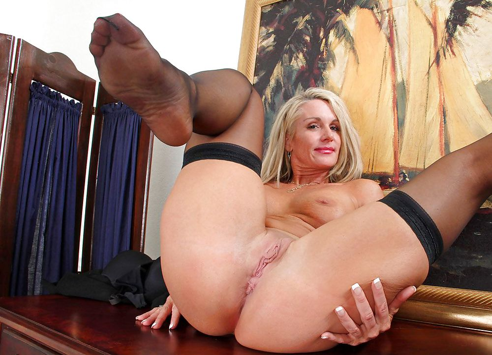 Amacher blonde women porn 3