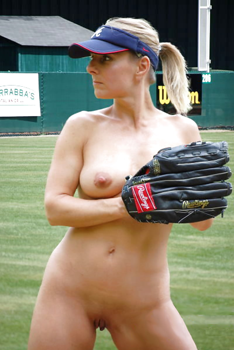 Nude usa softball player