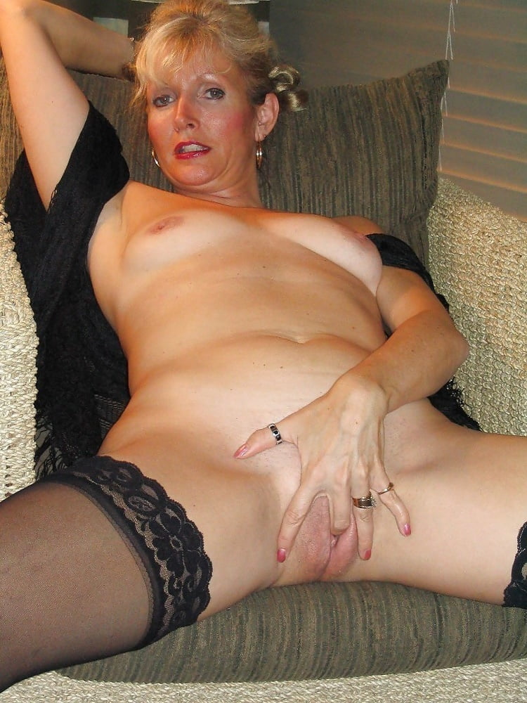 Xxx mature local women — photo 1