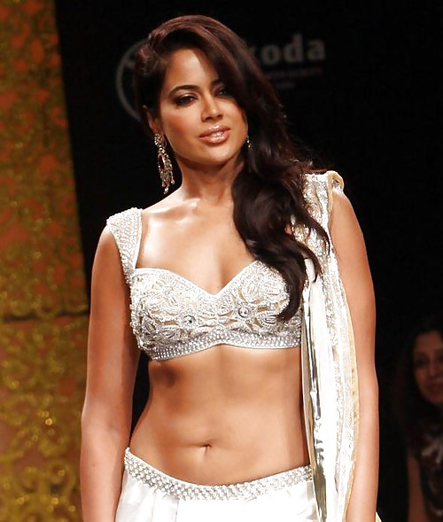 Tamil actress kushboo hot sex