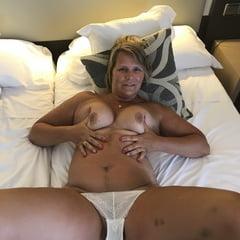 German Milf In Hotelroom