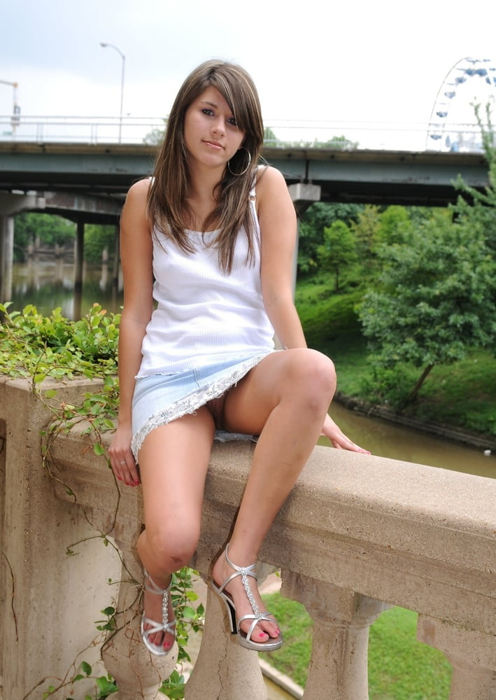 Teen Upskirt Naked