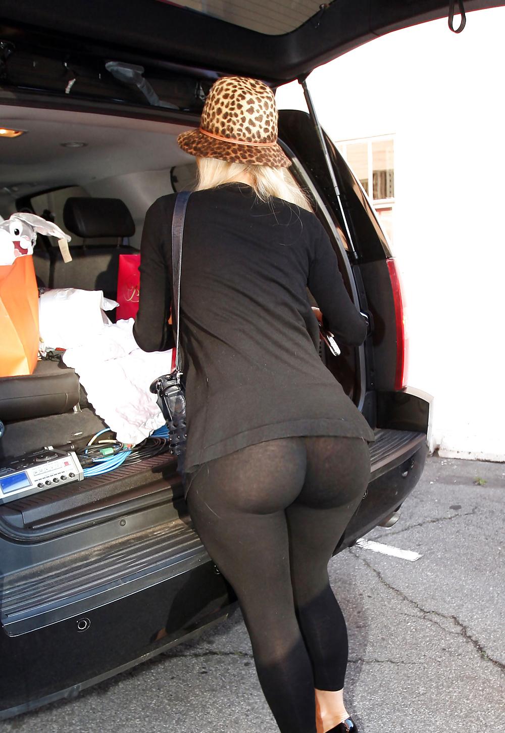 Big booty public porn-2422