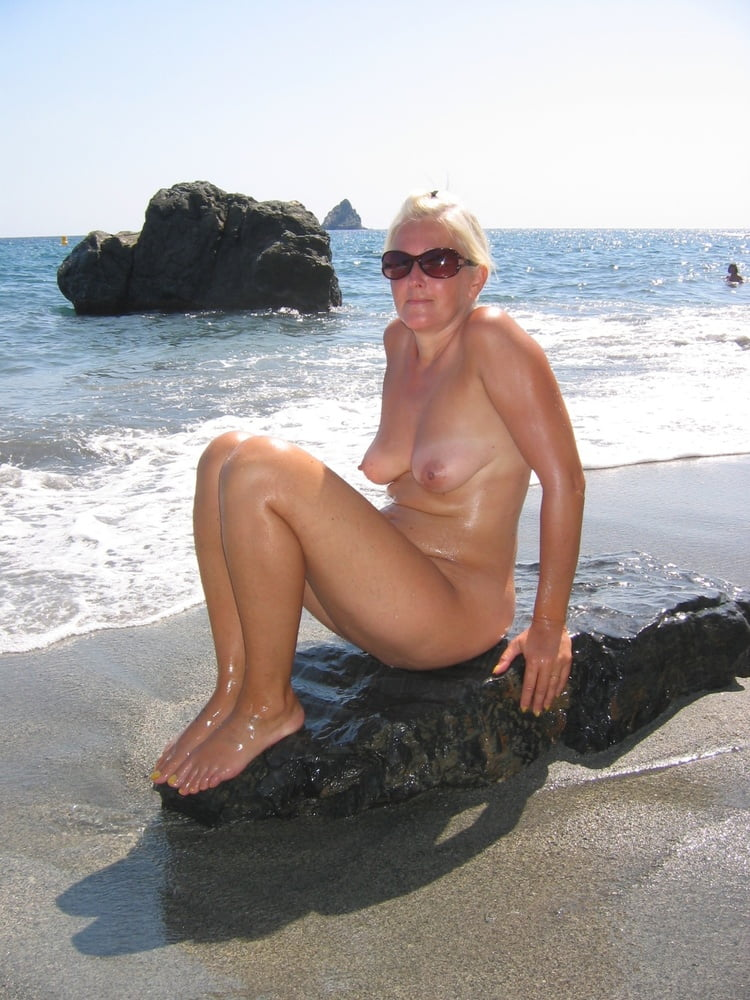Amateur tube wife #1