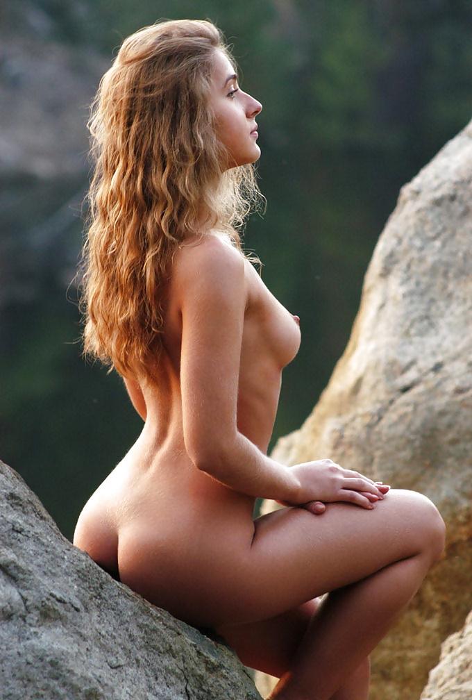 Natural Naked Beauty