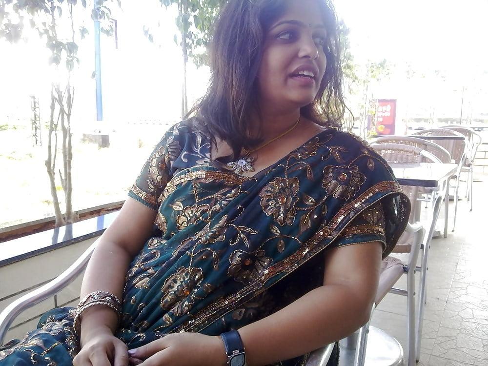 Hot bhabi bra photo