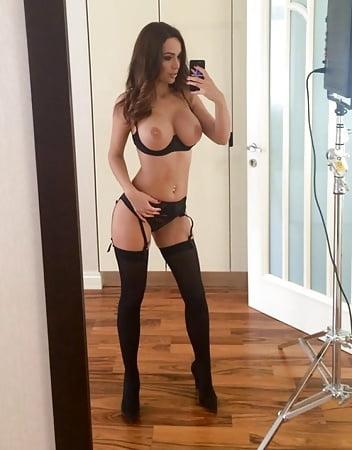 Boobs Nude Girls In Heels Pic