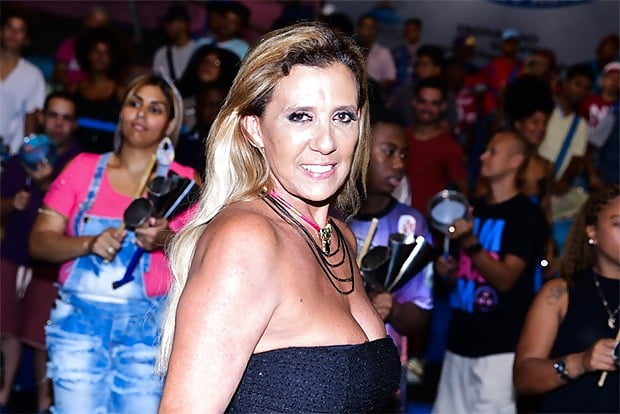 Hot brazilian milf porn