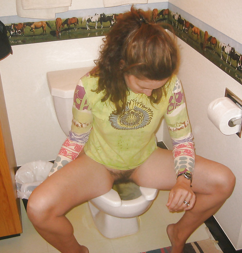 Team bathroom bum butt candid peeing potty tights toilet woman free extreme