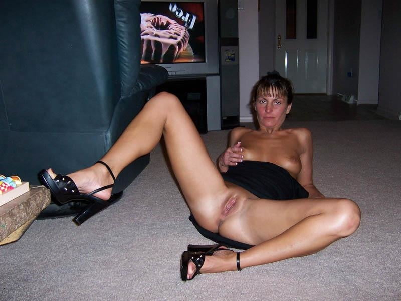Wives spreading legs nude