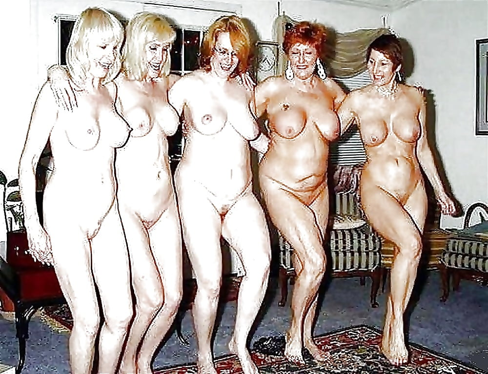 много голых аппетитных женщин вместе-соло-видео - 14