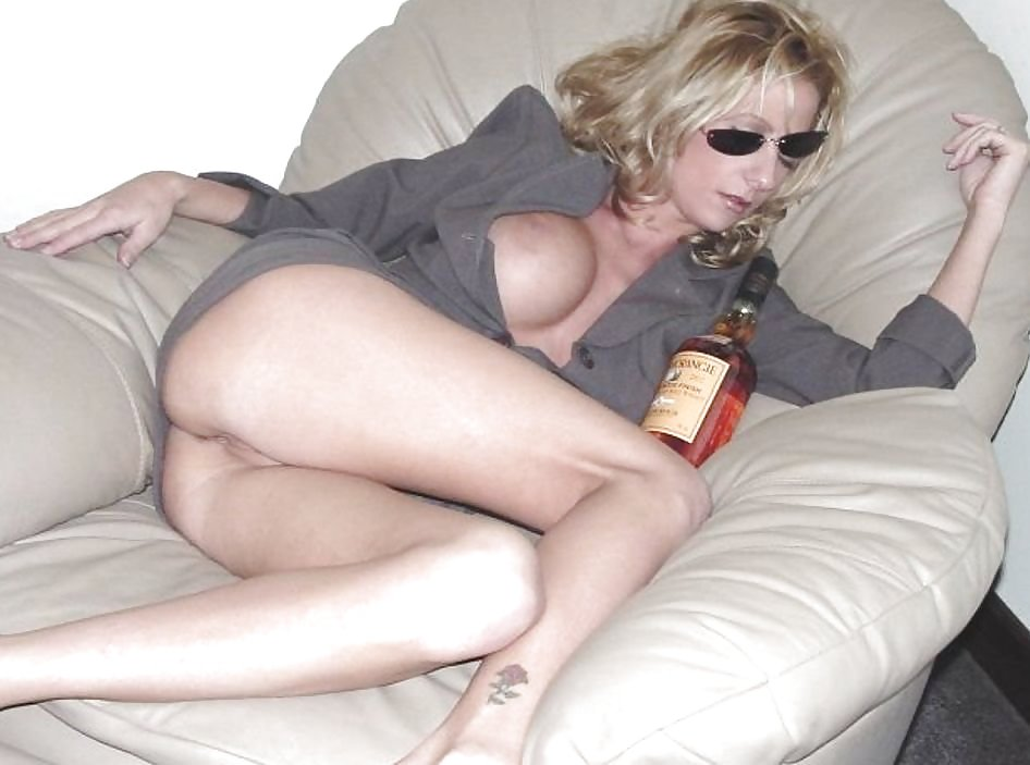 Funny drunk nude moms university porn