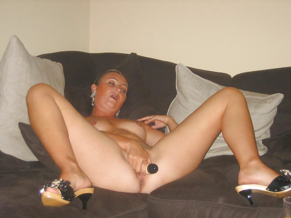 Amateur Wife In Stockings Plays With Veggies And Dildo -9215