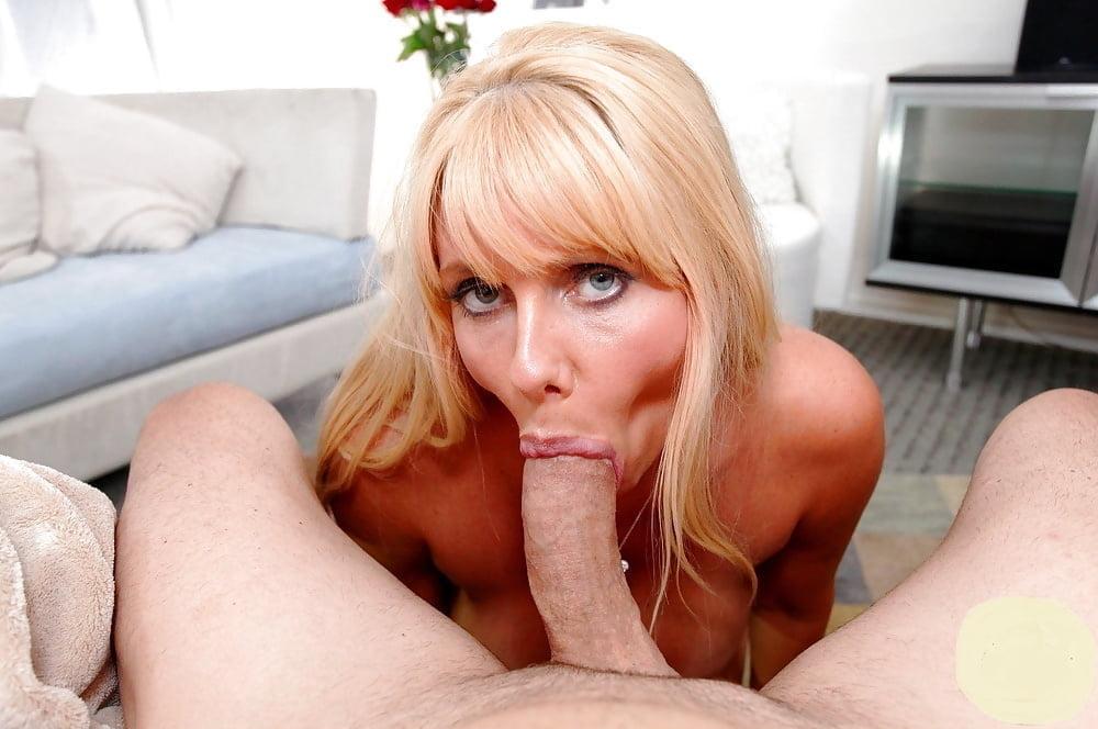 Hot blonde milf cougar blowjobs
