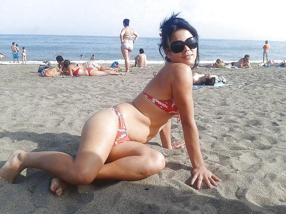 Girl beach naked-8656