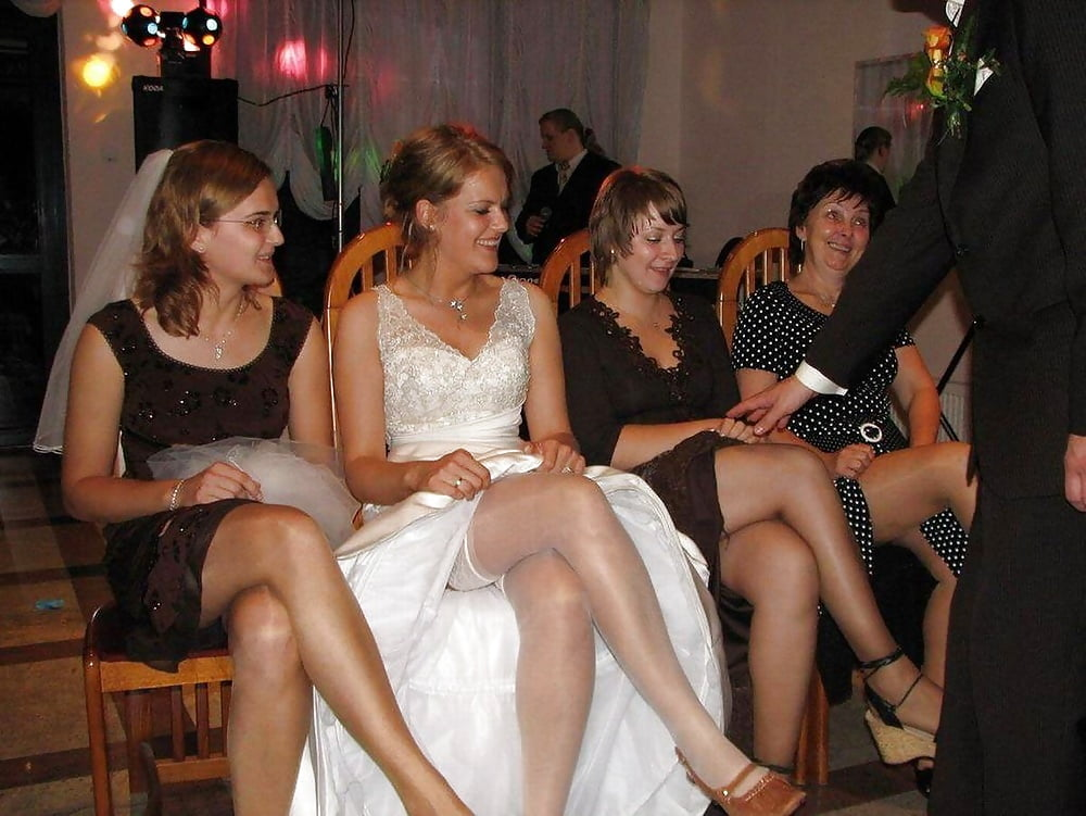 Real Bride Upskirt Oops