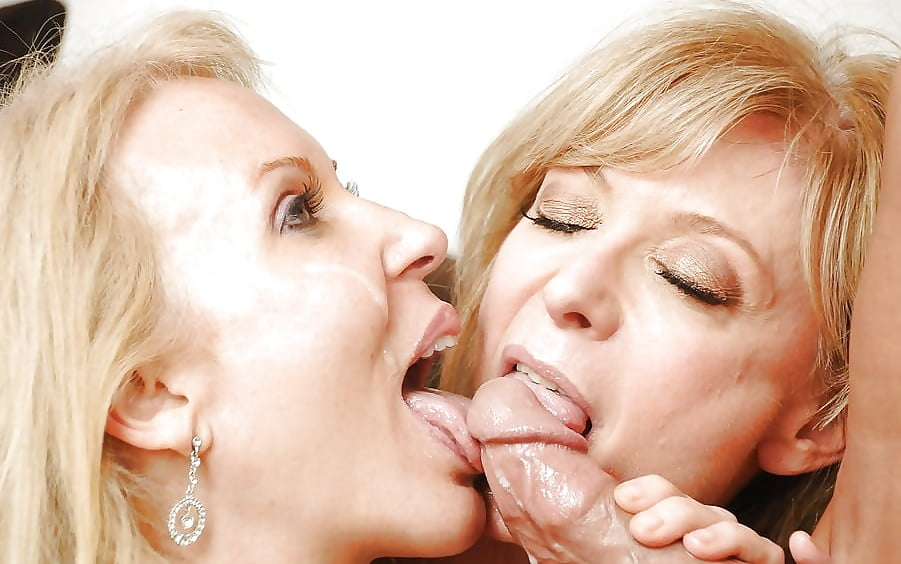 Mother daughter cum swapping
