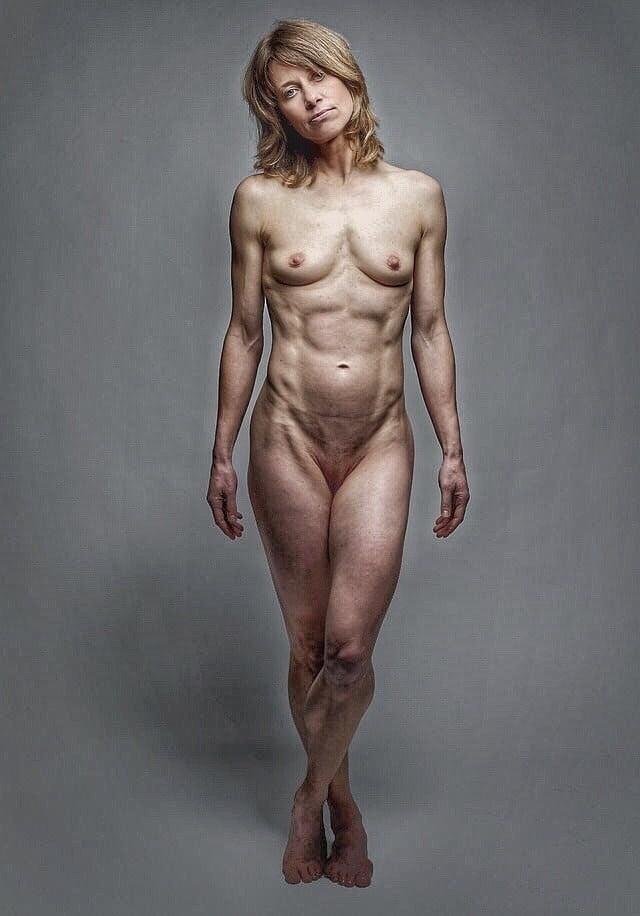 Ugly naked girl selfies
