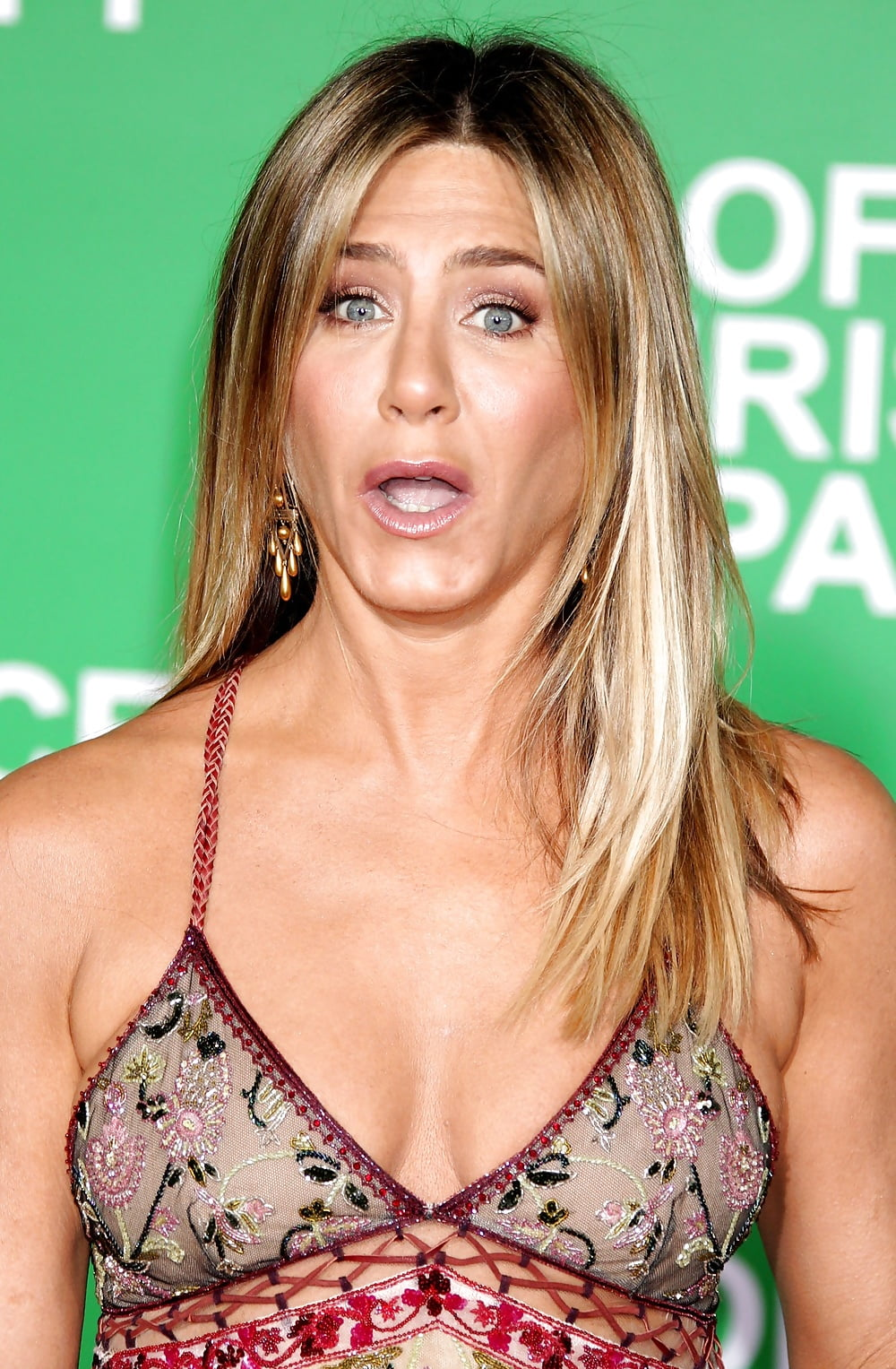 Porno date jennifer aniston pubes