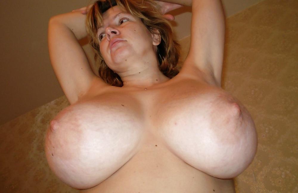 Порно фото домашнее дойки порно