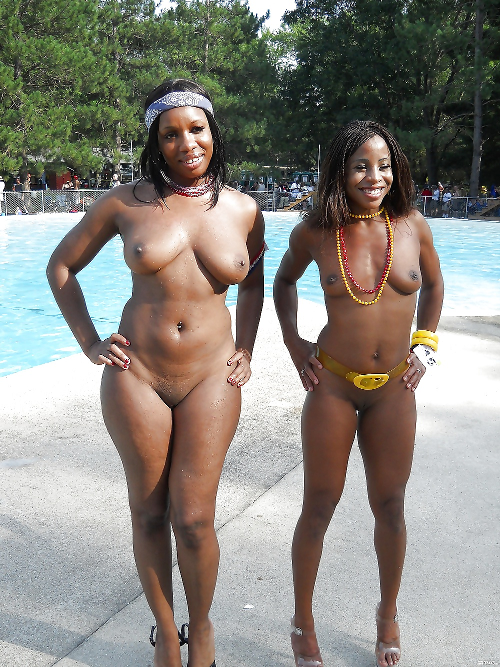 A group of naked black chicks — photo 10