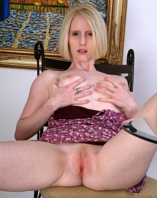 All over blonde pussy thumbs — 13