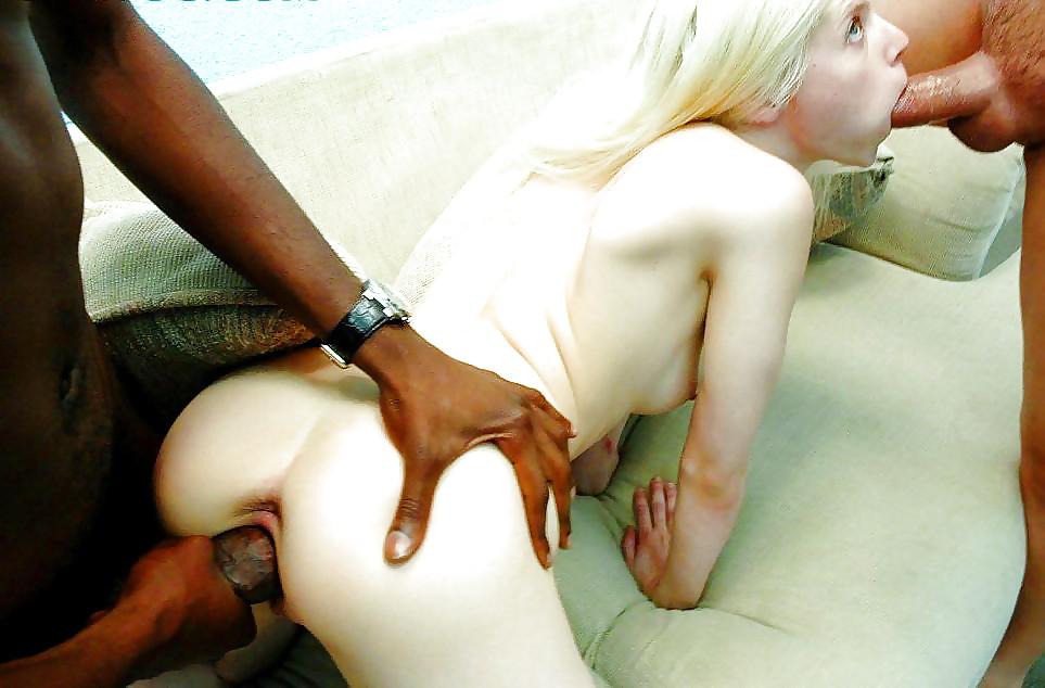 санкт-петербурге ебет жену огромным белым хуем фото них большие пенисы