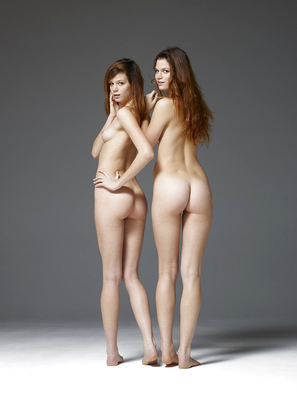 Nude twin galleries