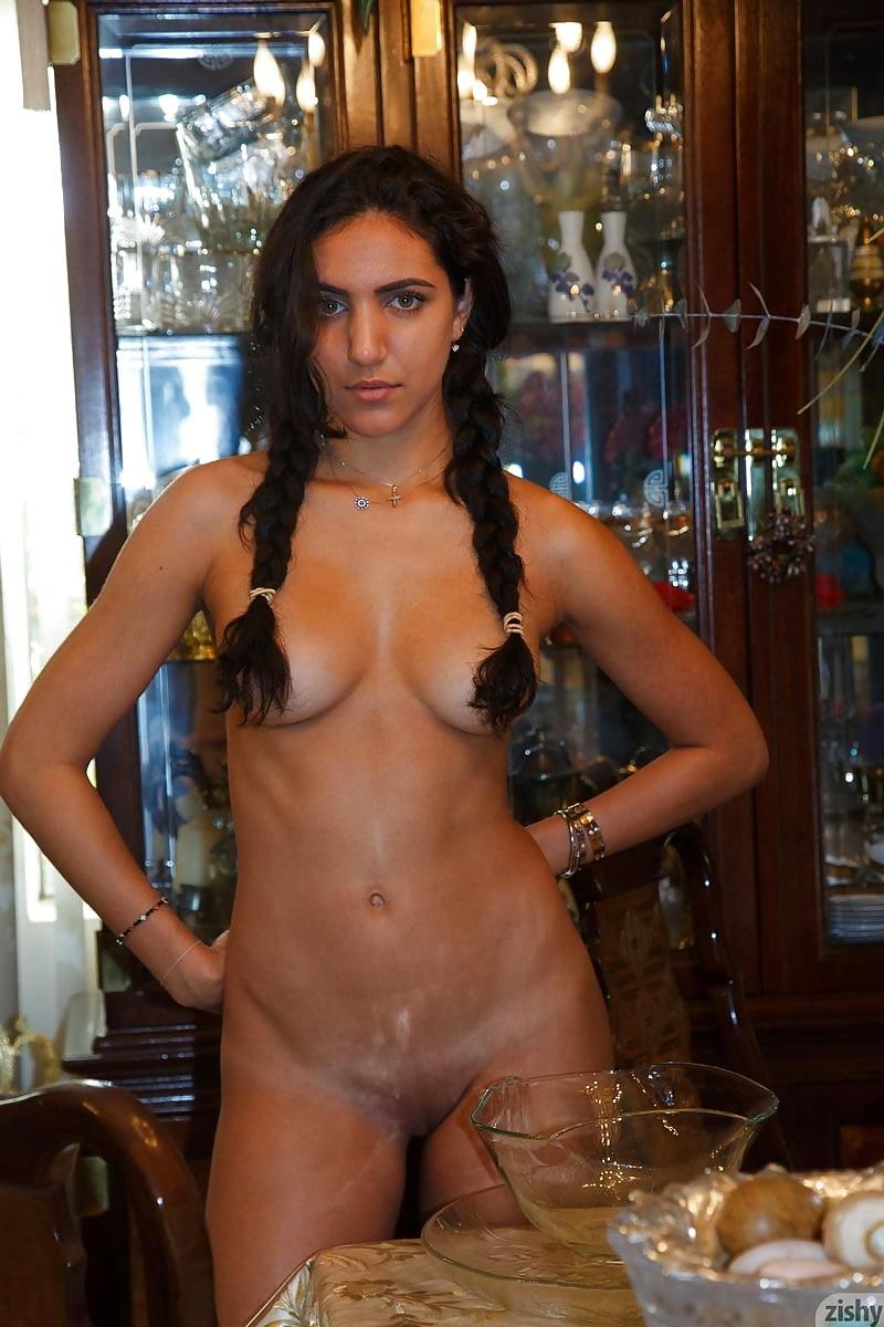 Nude lebanese sexe