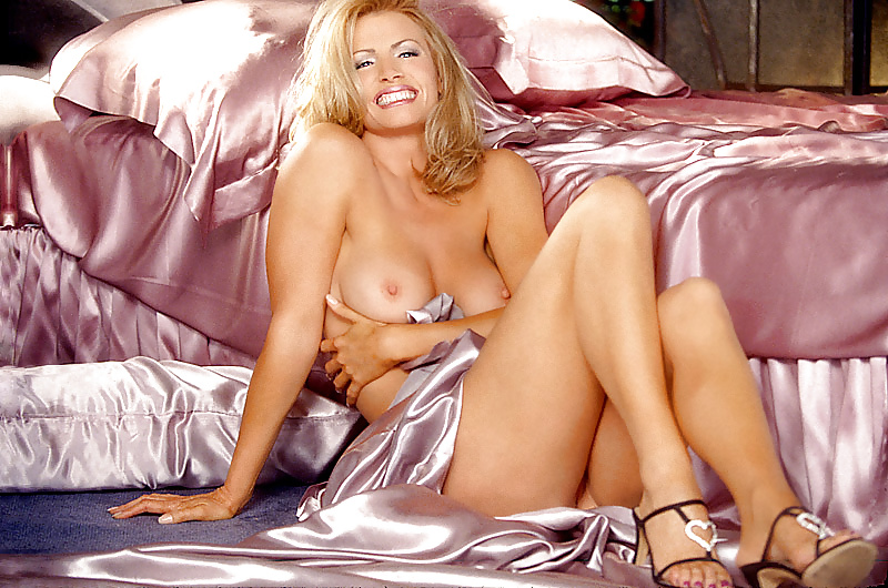 Shannon tweed sexy nude, pretty hand job tube