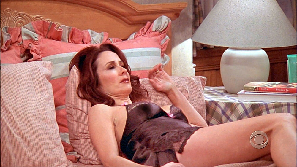 Patricia heaton prefers large dongs and sex toys