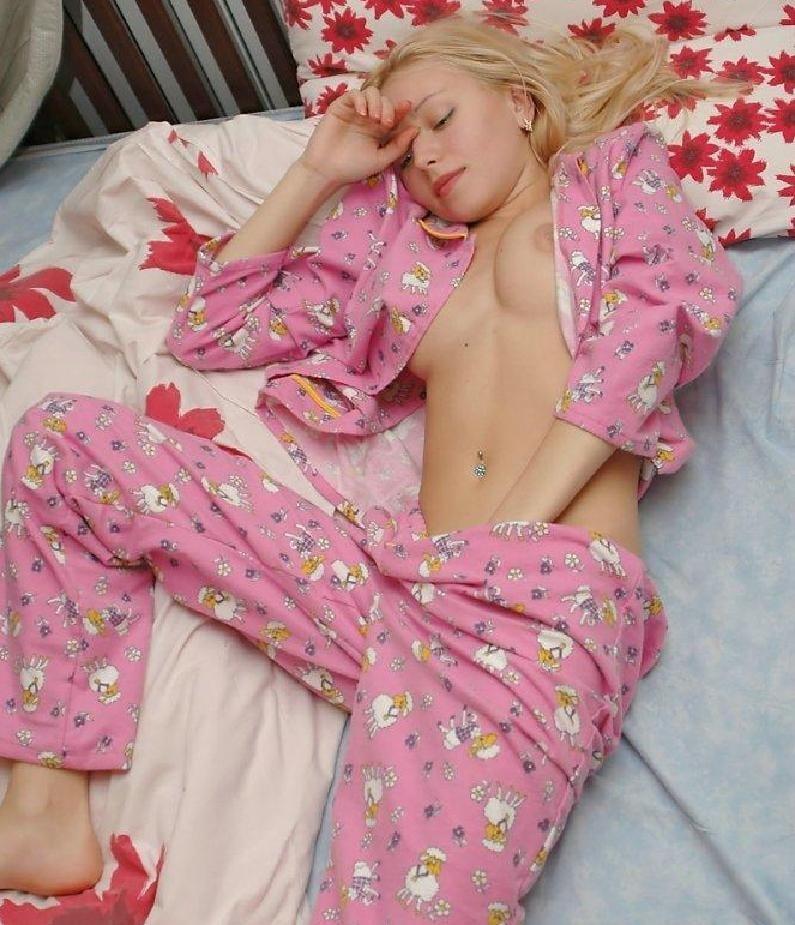 sluts-in-pajamas-blonde-pussy-panties