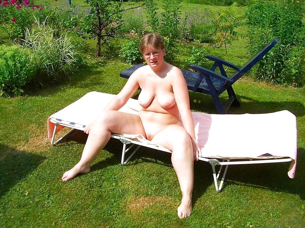 Sexy chubby mature vivian