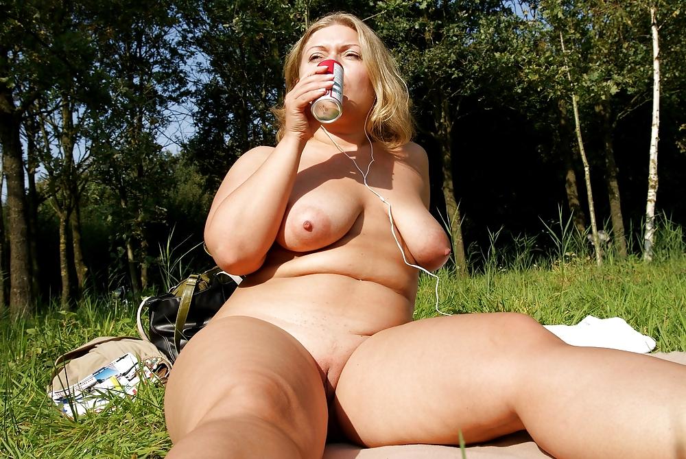 Порно фото пышных милф, описали пьяную шлюху