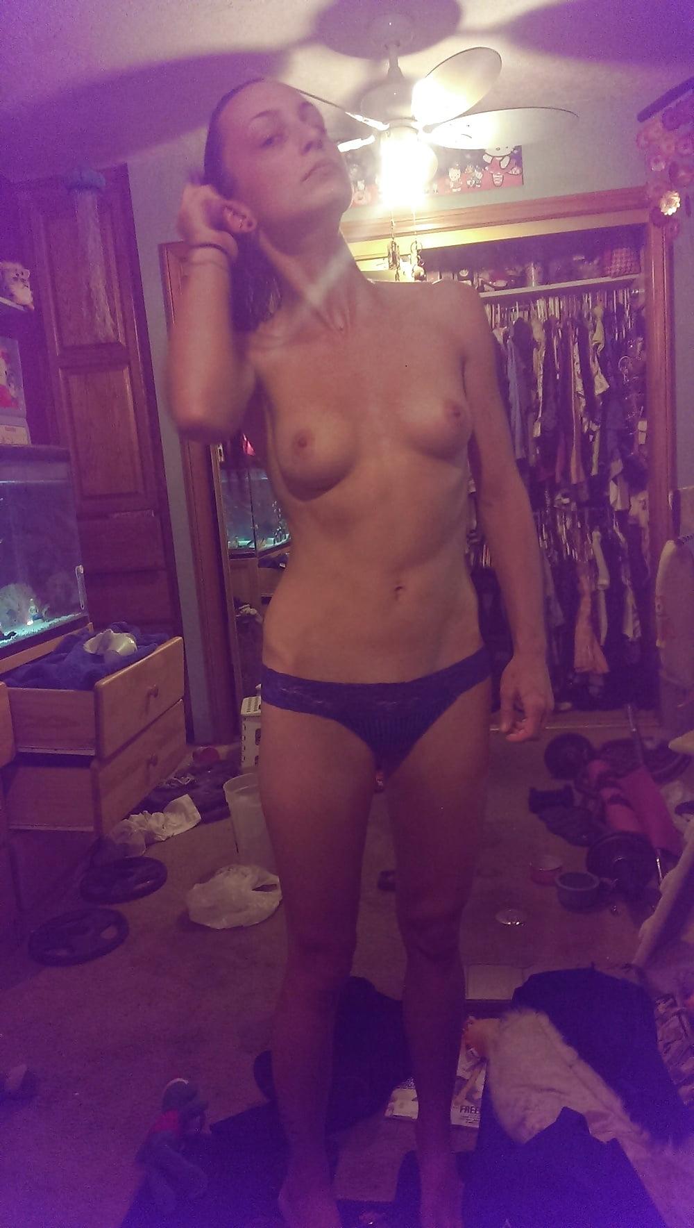 парень выложил интим порно фото бывшей девушки кристины - 4