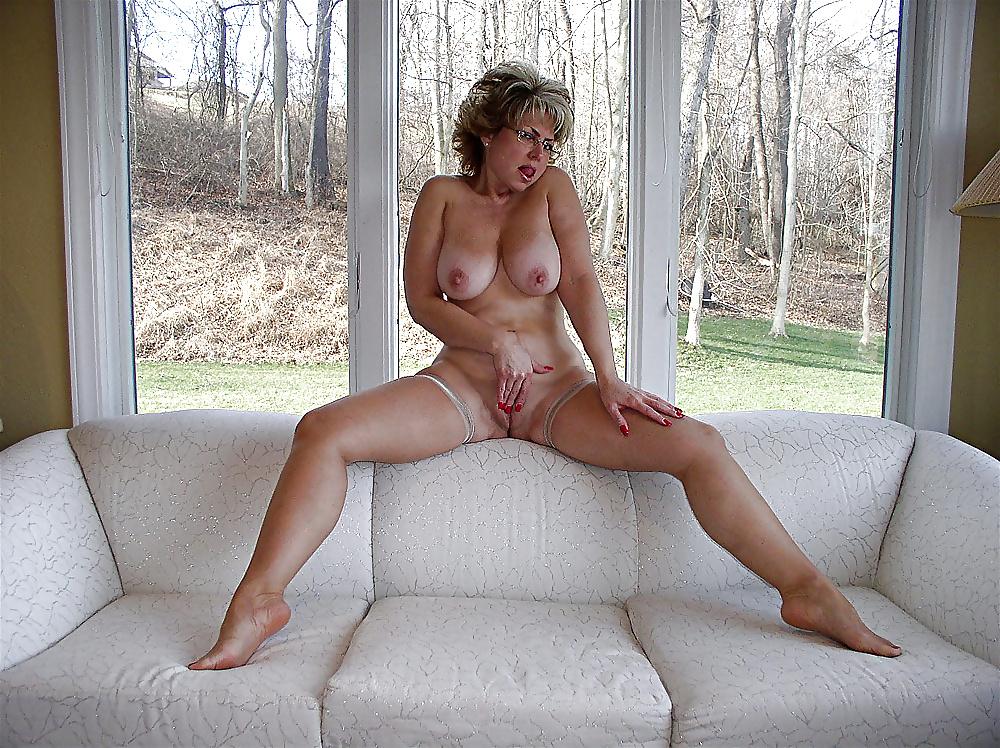 golden-moms-naked-bodybuilding-women-pornp
