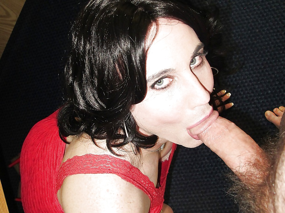 Crossdresser Blowjob bilder