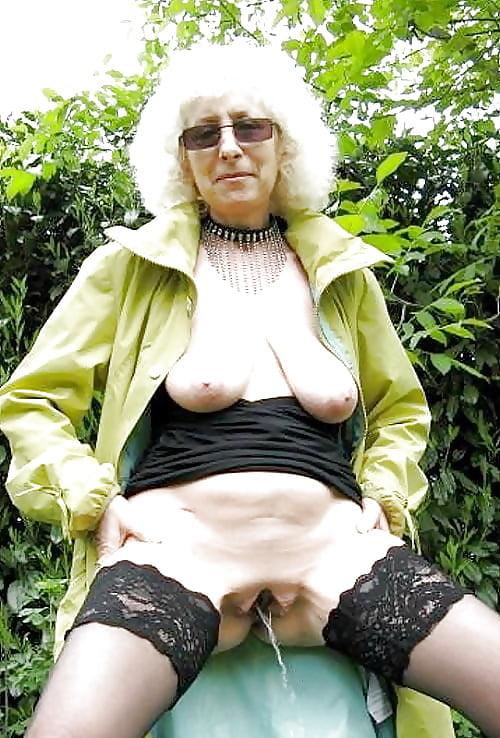 Nude mature sex photos-1617