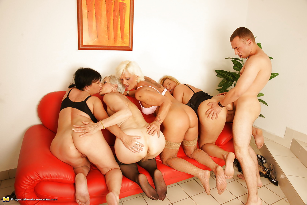 Mia mature group jerk — 8