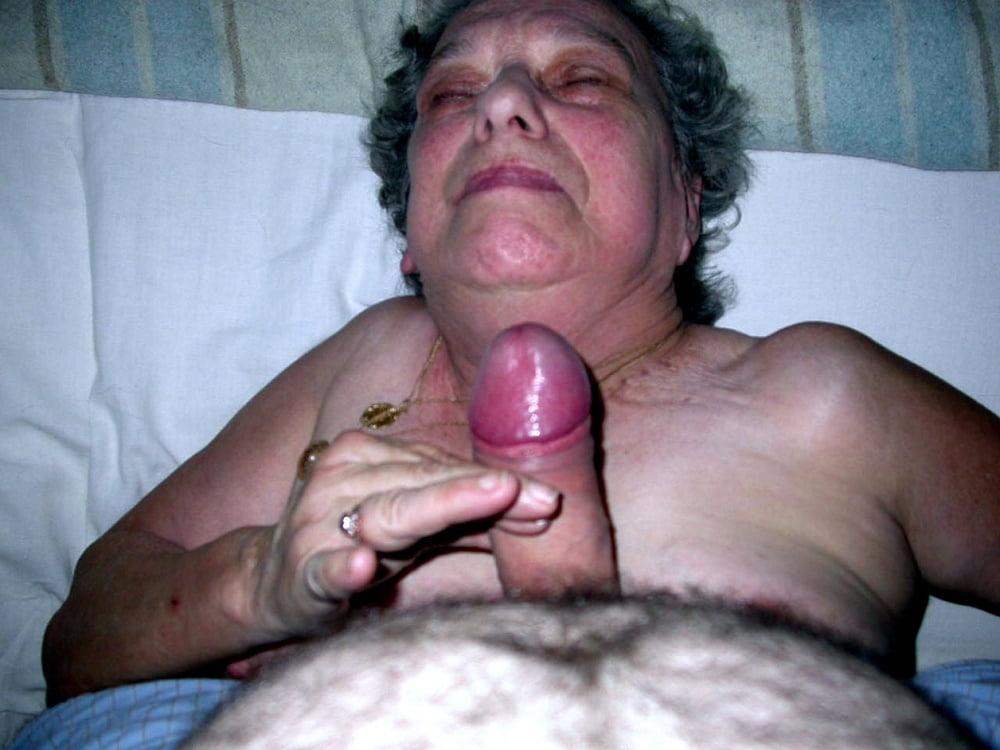 Grandpa Sucking Grandma Pussy