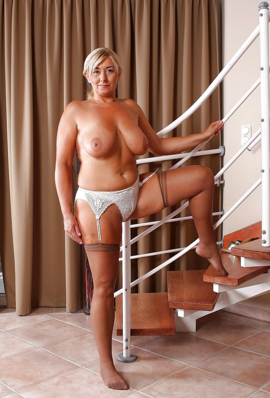 Big tits stockings porn