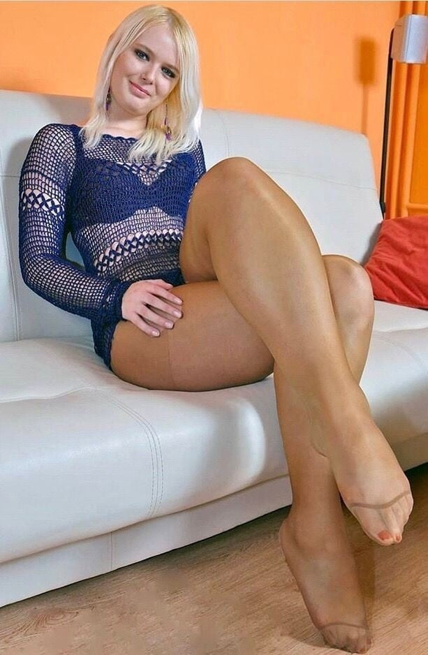 Pin on sexy pantyhose, tights and stockings