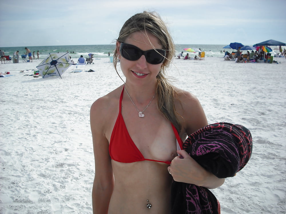 beach-bikini-boob-flash-videotures-real-pregnant-swinger-videos