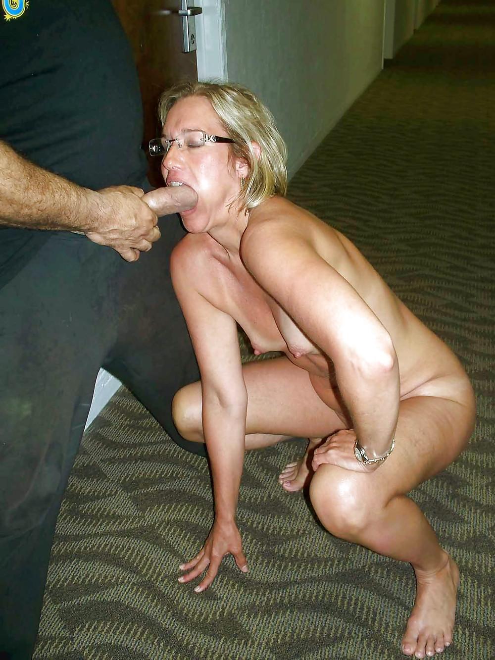 Sexy mature women, nude older ladies, amateur mature porn