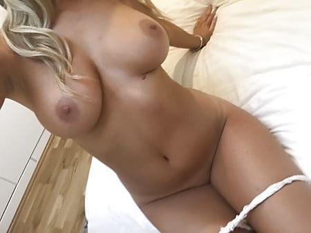 Danielle Sellers Topless