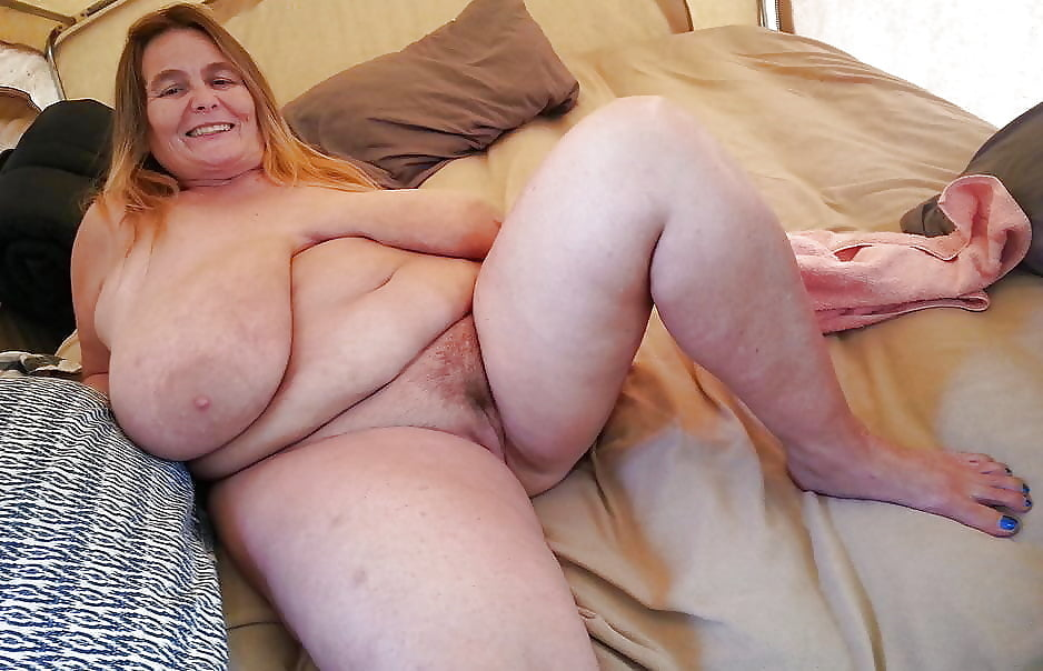 Home movies mature fat milfs — photo 14