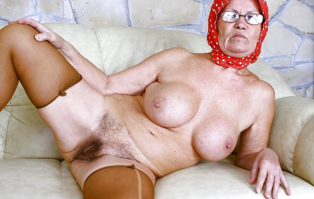 oma-ugly-nude-world-record-bukkake-free-video